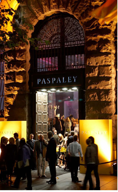 PASPALEY. To create an evening event in store to launch the new flag ship location at no. 2 Martin Place, Sydney. In order to create a powerful fashion moment the jewellery needs to be on the human body, creating something to photograph, something to inspire a photographer and something to add theatrically to the live event. 8 great girls and 10 photographers who follow the girls through the party creating commotion and mayhem, styling the girls like actresses from classic films, taking inspiration from Fellini's la Dolce Vita, referencing the Anita Ekberg and Anouk Aimee characters, a black version of the Marilyn Monroe dress from Gentlemen Prefer Blondes and the Grace Kelly wardrobe in Hitchcock's To Catch a Thief.
